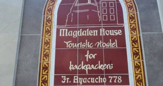Make cheap reservations at a hotel like Magdalen House